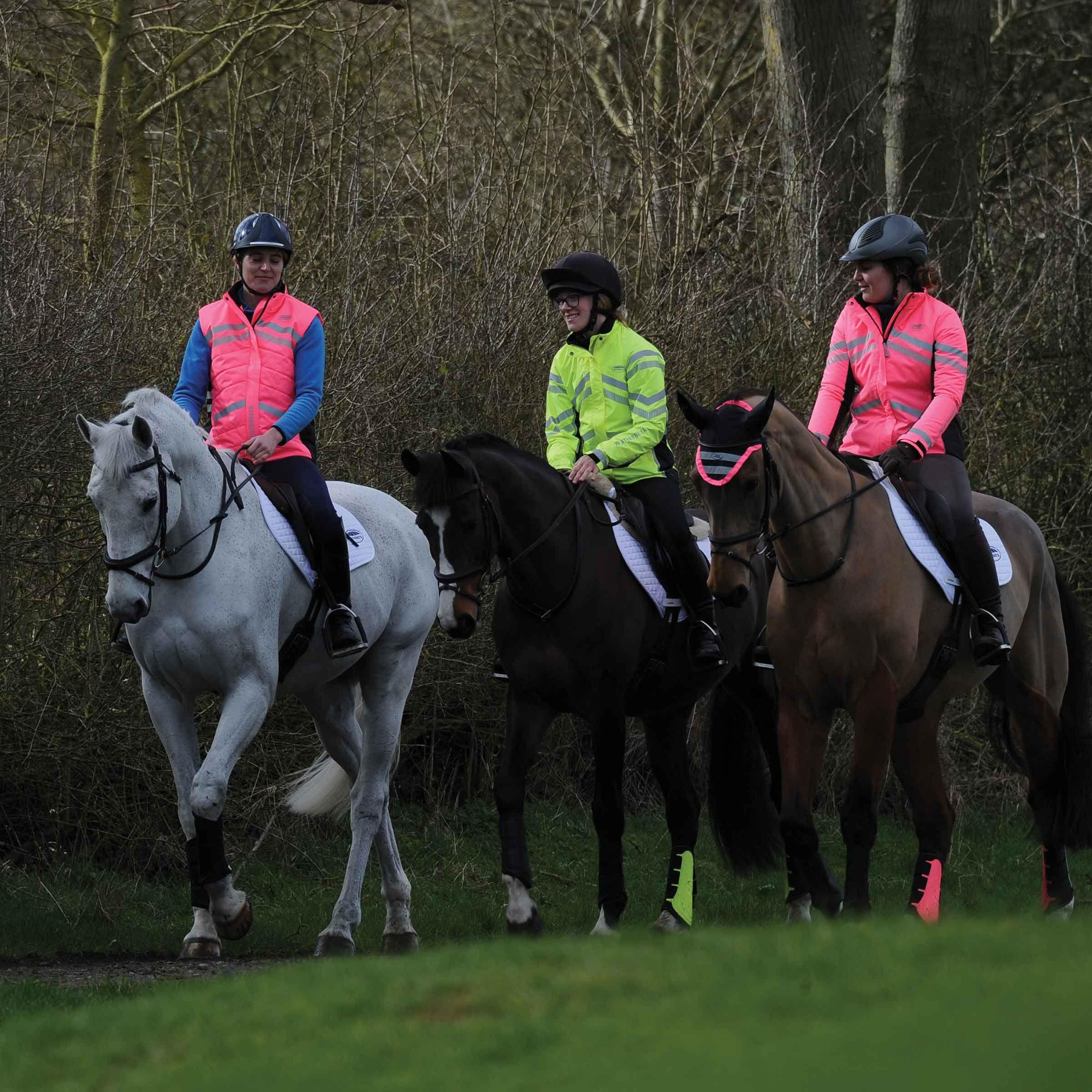 5 reasons horse riders should always wear hi-vis