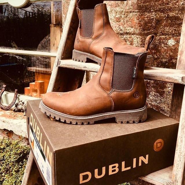 Women's Venturer Boots